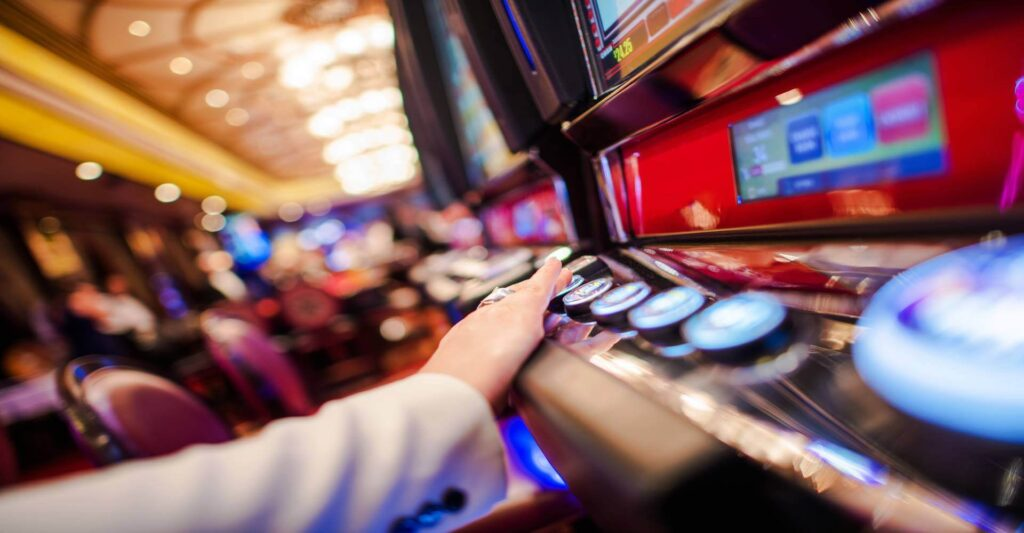 Play online casino games with slots43.com